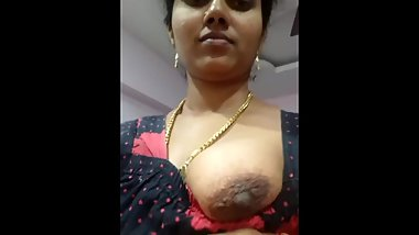 Indian Housewife showing her Breast and Pussy