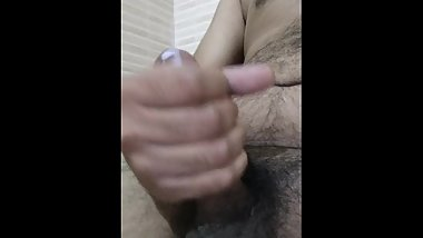 Hyderabadi guy JUICY CUMSHOT masturbation. Hit me up