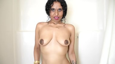 Big sister wants to have shower sex with you in Tamil