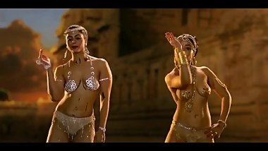 Hot indian models dance nude on bollywood hit songs