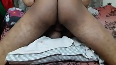 Desi sexy bhabhi driver hot sex