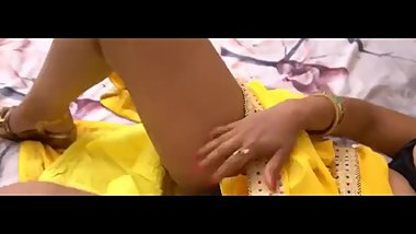 Indian Bhabhi Play with Pussy and Big Boobs 2018
